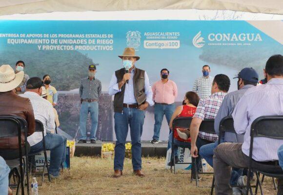 MARTÍN OROZCO FORTALECE TRABAJOS DE ENTUBAMIENTO DE CANALES EN PRESAS DEL ESTADO